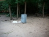 Mülleimer und Baumalle