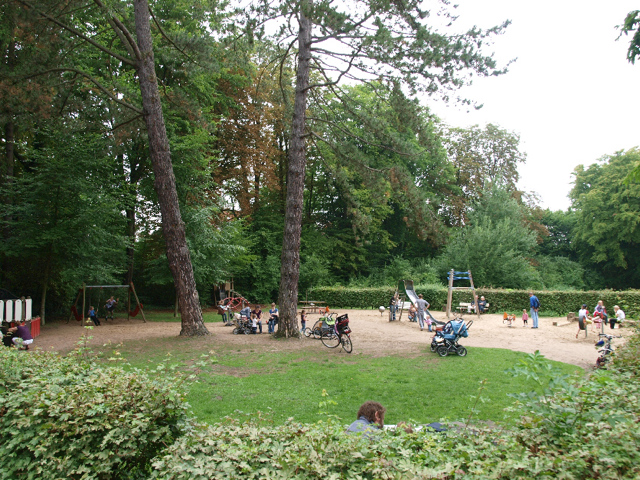 8-spielplatz-kurpark